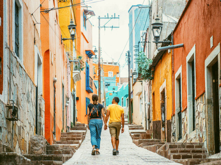 Couple travelling in Central America